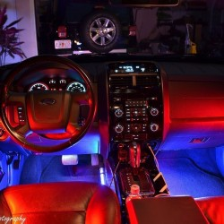 Интериорно осветление на автомобили с дистанционно управление
